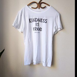 🎉 Life Is Good Kindness Is Free Tee Shirt Size M